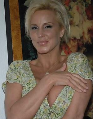 Blonde MILF XXX Pictures
