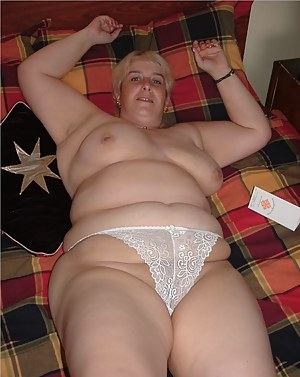 MILF Panties XXX Pictures