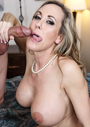 MILF Tongue XXX Pictures