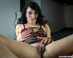 Big Pussy MILF XXX Pictures