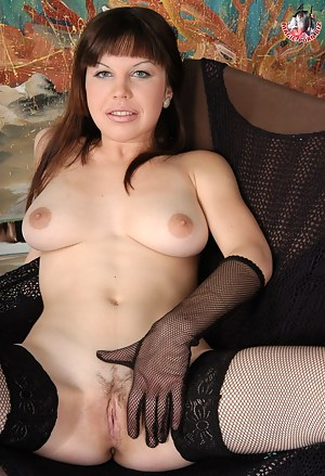 Russian MILF XXX Pictures