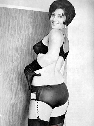 MILF Vintage XXX Pictures