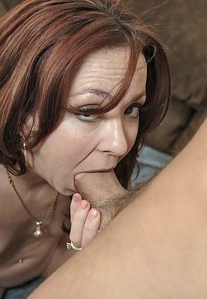 MILF Deepthroat XXX Pictures