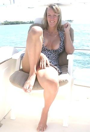 MILF Boat XXX Pictures