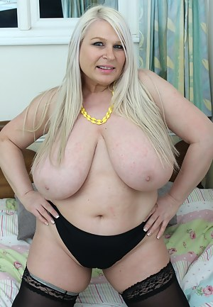Fat MILF XXX Pictures
