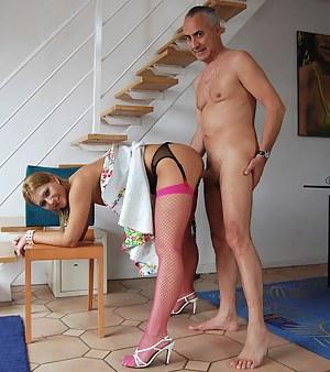 MILF Standing Sex XXX Pictures
